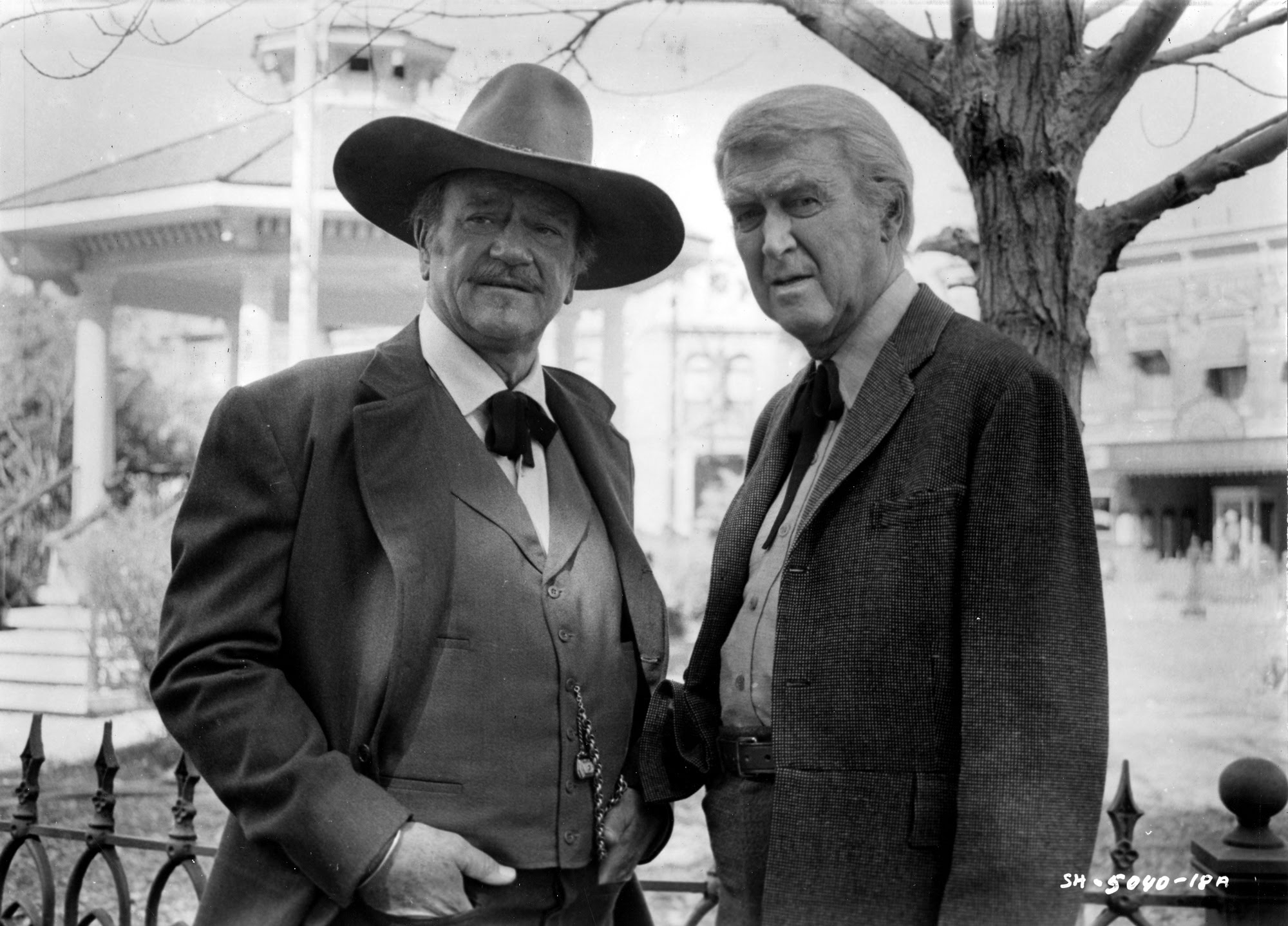 Behind-the-scenes of John Wayne's last film 'The Shootist' (1976)